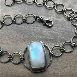 Jewelry - Sterling silver rainbow moonstone oxidized choker